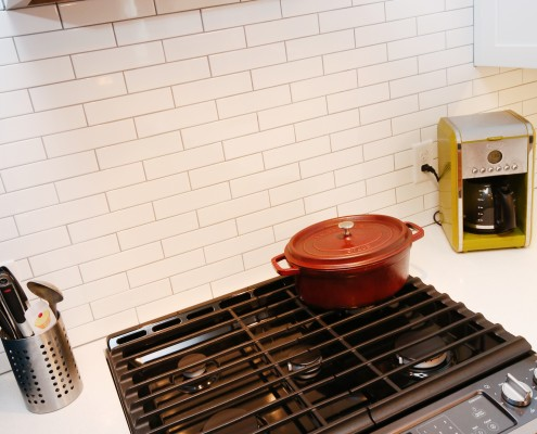 white subway tile thompson remodeling