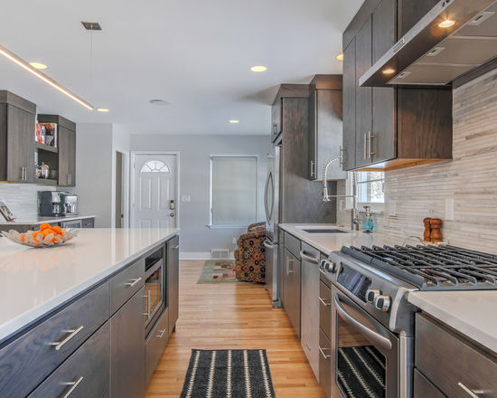 Thompson-remodeling-Clean and Modern Kitchen10