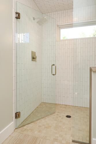 5 Benefits Of A No Threshold Shower