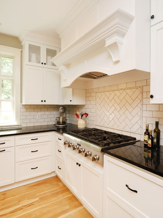 Thompson-Remodeling-Classic-Two-Tone-Kitchen-Remodel4