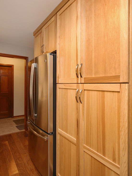Thompson-remodeling-Natural Hickory-White Kitchen Remodel4